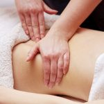 Khi bị đau dạ dày nên xoa huyệt nào để giảm đau ?