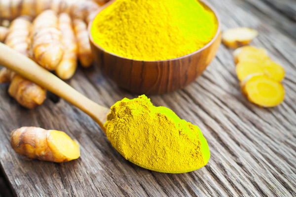 2 cách dùng tinh bột nghệ trị đau dạ dày được nhiều người áp dụng