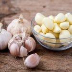 Bệnh dạ dày có ăn tỏi được không ?