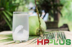 Đau dạ dày uống nước dừa được không ?